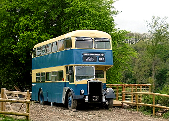 Insulating a double<br> decker bus with <br>Thermafleece!